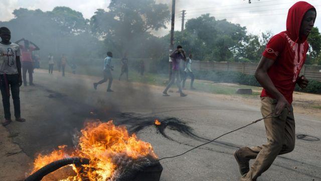 Manifestations au Zimbabwe