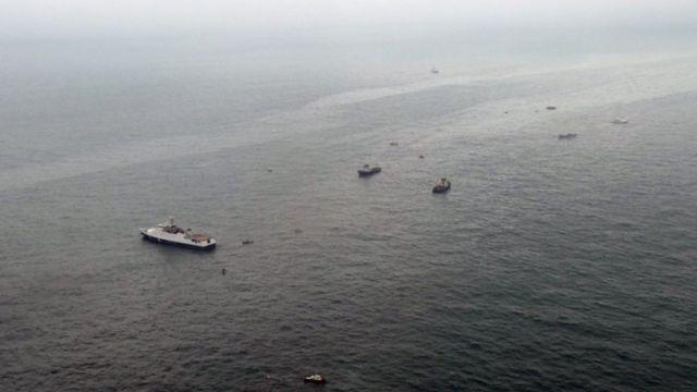 حلقت طائرات روسية فوق الأماكن التي يُحتمل أن الطائرة سقطت فيها في البحر الأسود