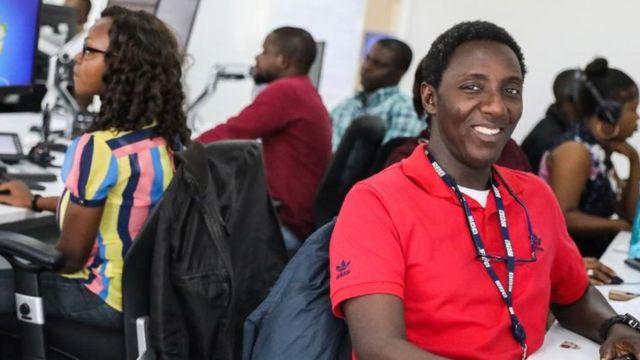 Temidayo ati awọn osise BBC Yoruba lẹnu ise wọn