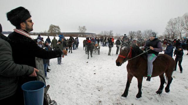 У Румунії Різдво святкували 25 грудня, але 6 січня тут інший важливий християнський фестиваль - Богоявлення