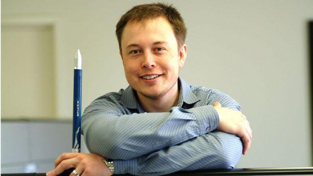 Elon Musk em 2004