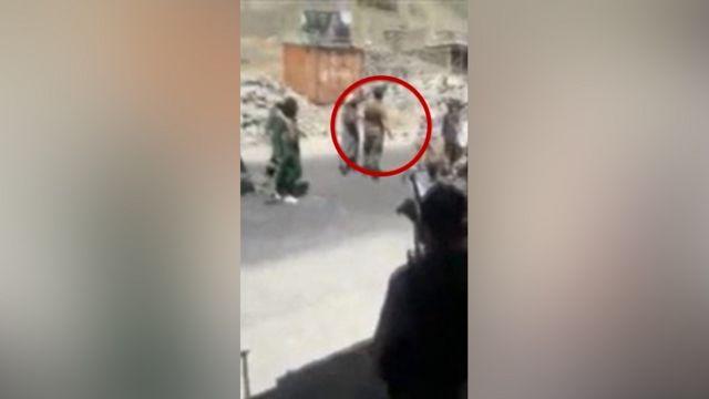 ظرف چند دقیقه از محاصره مرد، او به ضرب گلوله طالبان کشته میشود