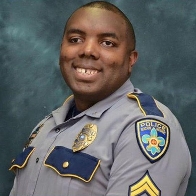 Imagen de un policía asesinado.