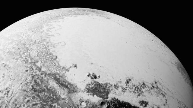 • در سال ۲۰۰۶، رتبه پلوتون از سیاره به سیاره کوتوله تنزل یافت تا جستجوها برای سیاره نهم دوباره از سر گرفته شود