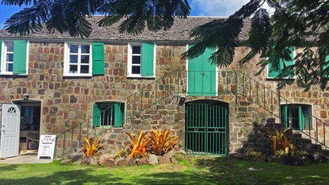漢密爾頓故居和出生地目前成為該島的歷史博物館(圖片來源:Jonathan Knott)