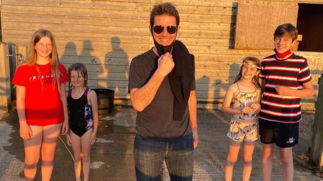 Tom Cruise with Ms Webb and Neil Jones' children