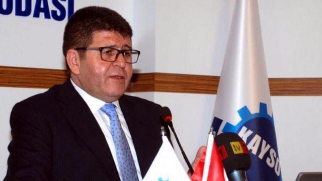Mustafa Boydak, Kayseri Sanayi Odası'nda konuşuyor.