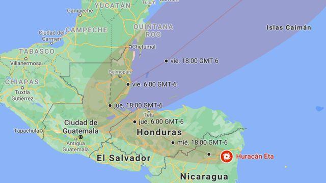 Posición y trayectoria del huracán Eta prevista por el NHC, actualizado a las 22:13 CST (GMT-6) del 3 de noviembre.