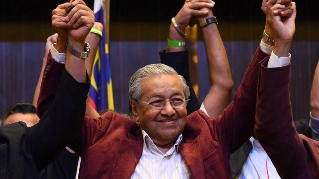 92 yaşındaki Mahathir
