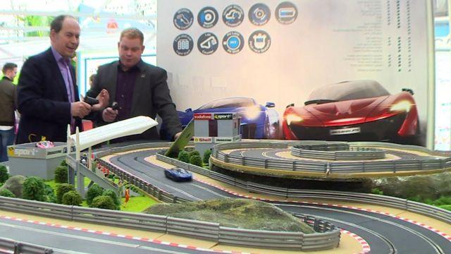 Rory Cellan-Jones at Toy Fair 2016