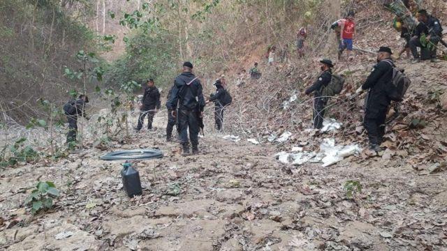 ทหารพรานไทยสกัดผู้ลี้ภัยชาวกะเหรี่ยงที่ชายแดนไทย
