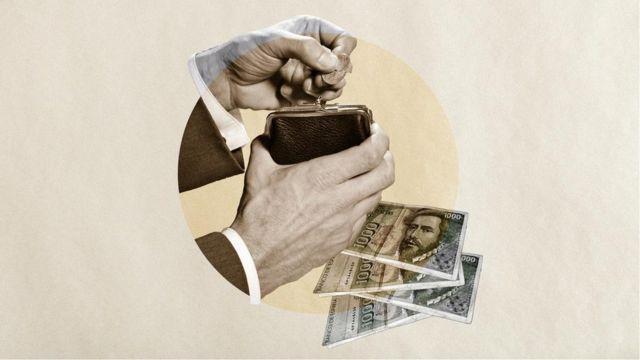 有些人担心过渡到电子支付,认为他们会花费更多