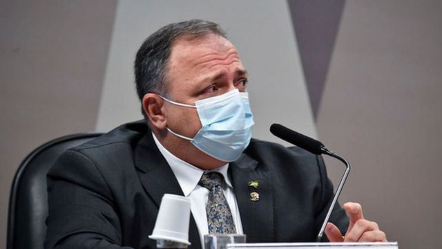 Eduardo Pazuello durante depoimento à CPI da Covid