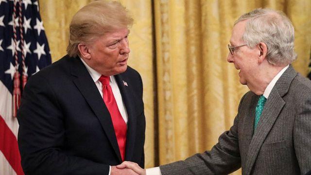 ABD Başkanı Donald Trump ve Senato'nun Cumhuriyetçi lideri Mitch McConnell