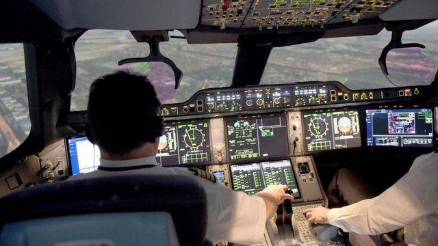 Una cabina de pilotos