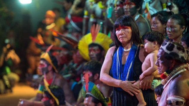 Indígenas de várias etnias em encontro cultural em Palmas, Tocantins, 2016