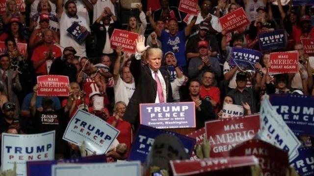 Donald Trump yari amze igihe atavuga neza abimukira