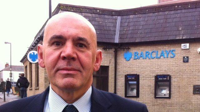 Merfyn Owen, Cyfarwyddwr Cynunedau De Cymru, Banc Barclays