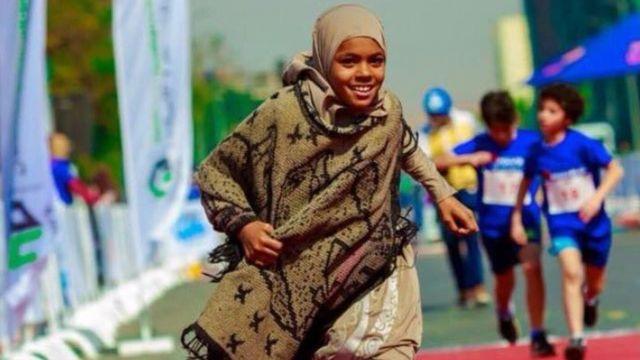 الصورة التي تداولها مستخدمو مواقع التواصل للطفلة مروة