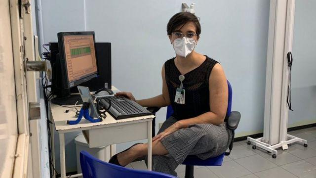 Dr Helena Paro at her work