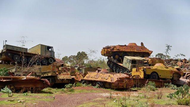 Кладбище советской военной техники