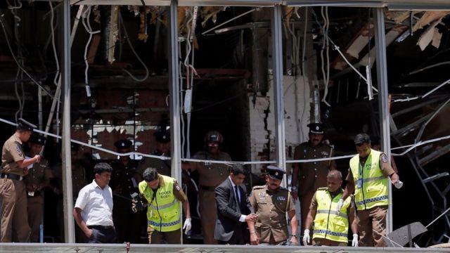Осмотр места взрыва