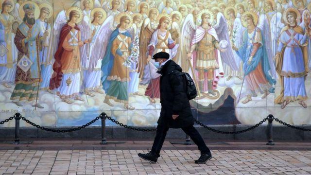 Жорсткий карантин в Україні. Що відомо про плани влади