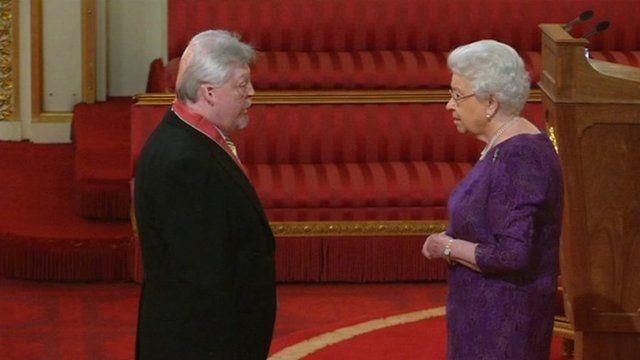 Simon Weston and the Queen