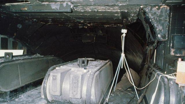 La escalera mecánica de la estación de metro de King's Cross, en Londres, tras un gran incendio, en 1987