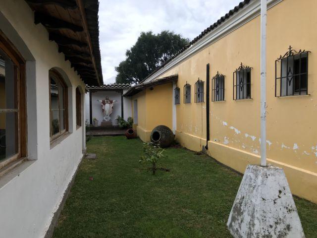 Patio interior Iglesia de Peumo