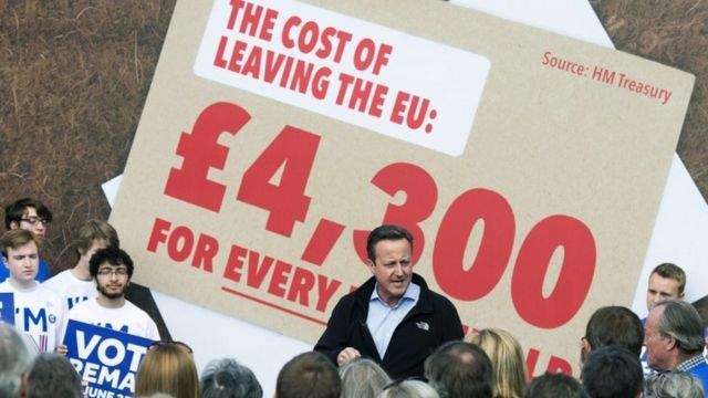EU referendum: Remain and Leave intensify push for votes