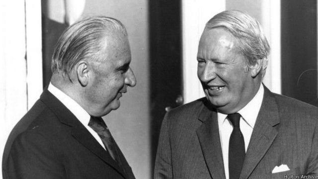 希斯(右)和法国总统蓬皮杜促成了英国和欧洲经济共同体的联姻