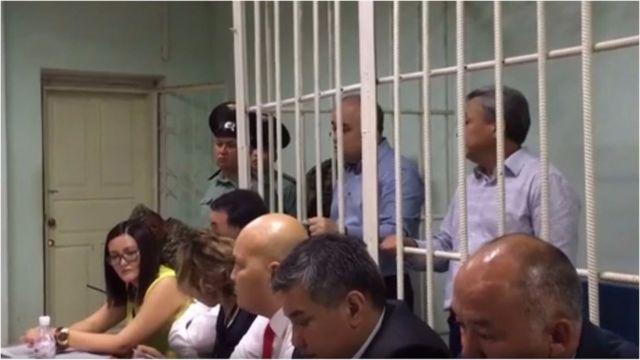 Чынара Жакупбекова Өмүрбек Текебаевдин негизги адвокаты эсептелет