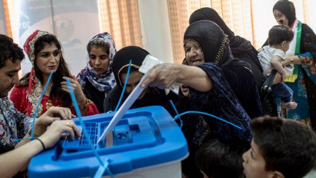 الأكراد مضوا في إجراء الاستفتاء بالرغم من معارضة الجيران