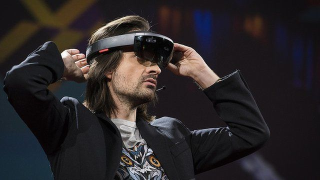 TED 2016: HoloLens unveils 'teleportation' to Mars