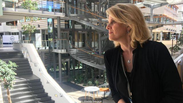 Hilde Bjornland bərabərlik yanaşmasının Norveçdəki güclü həyat səviyyəsinə yol acıdığına inanır