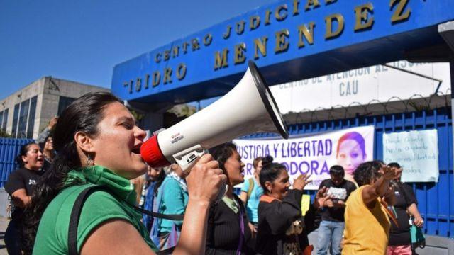 Manifestación a favor de Vázquez.