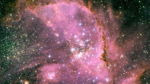 Gas rodeando estrellas