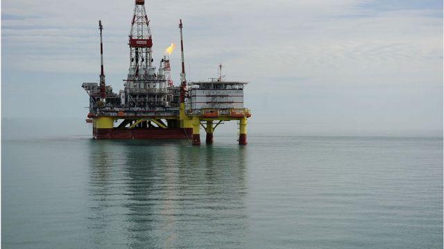 Rusiyada neft platforması
