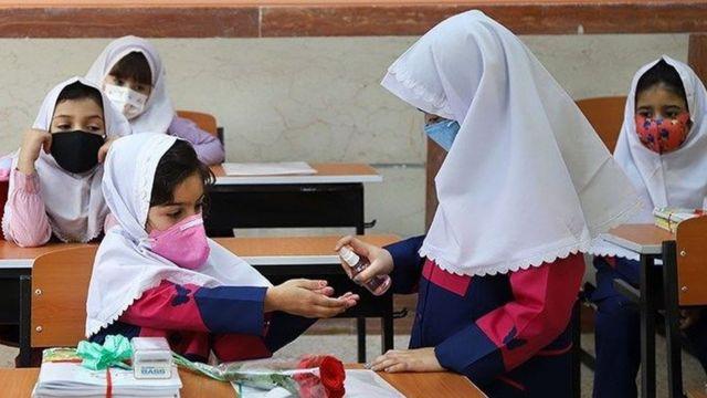 مدارس از سوم مهرماه شروع میشود