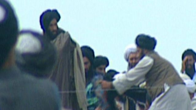 Taliban leader Mullah Omar backs Afghanistan peace talks