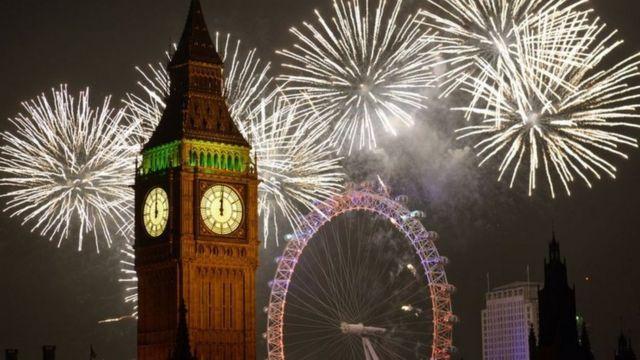 بيعت مئة ألف تذكرة لمشاهدة حفل الألعاب النارية في لندن