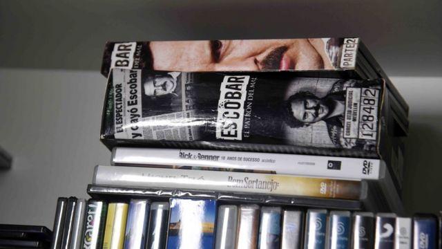 Libros y videos del narcotraficante Jarvis Chimenes Pavao en la prisión de Tacumbú, Asunción.