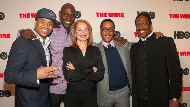 Parte del elenco de The Wire, durante el lanzamiento de la serie