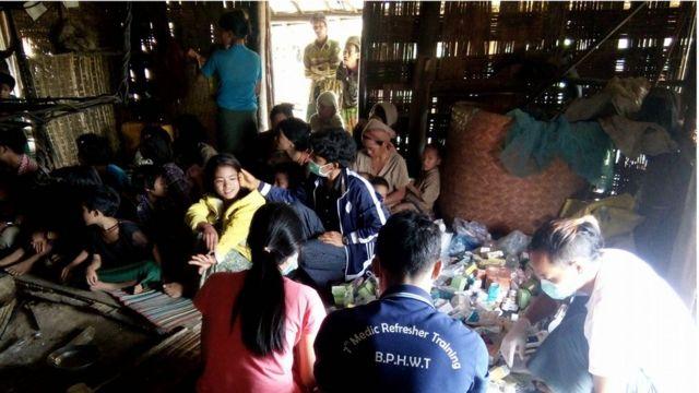 ဆေးကုသဖို့စောင့်ဆိုင်းနေကြတဲ့ နာဂကလေးငယ်တချို့