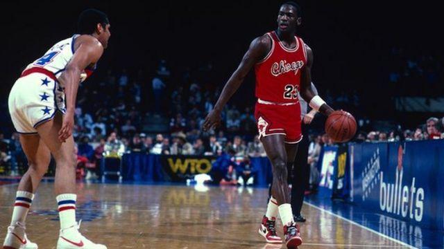 Michael Jordan en un partido
