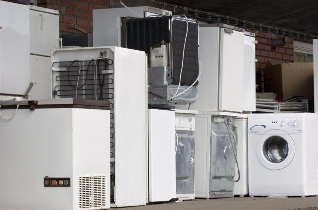 如果沒有妥善處理,空調和冰箱等普通家用電器會釋放出氟氯化碳到空氣中。