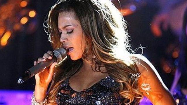 Mkewe Beyonce anaripotiwa kuwa utajiri wa takriban dola milioni 335, alizotengeneza zaidi kutokana na muziki na kuidhinisha nembo