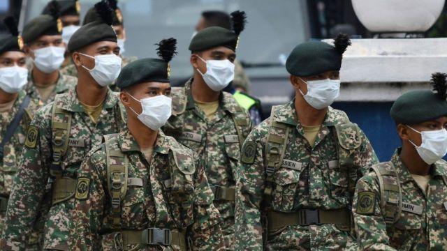 Военные дислоцированы на улицах Куала-Лумпур, Малайзия