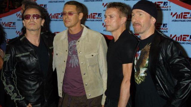 Les rockers du groupe U2 en 2001 à New York